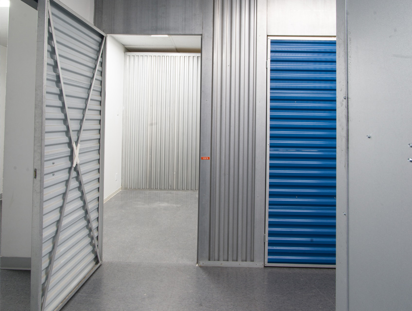 storage units calgary self storage units for rent space place. Black Bedroom Furniture Sets. Home Design Ideas